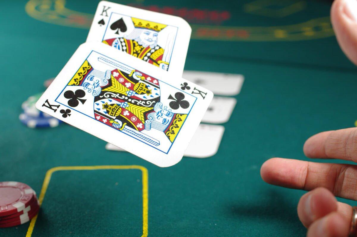 online πόκερ στην Ελλάδα και διαφορετικές παραλλαγές