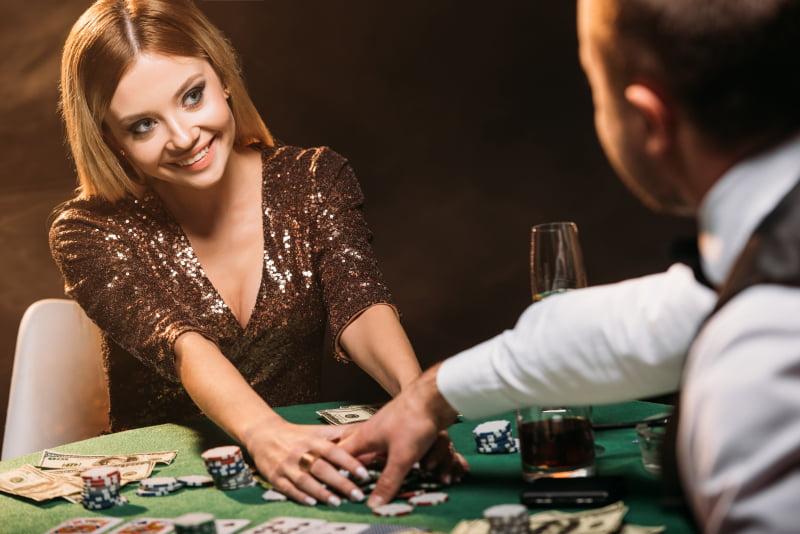 Ζωντανή εθιμοτυπία καζίνο